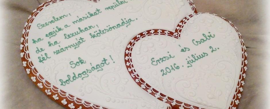 Esküvői ajándék mézeskalács szívek összeforrtan