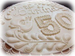 Normál mézeskalács doboz torta, hófehér