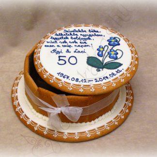 Normál mézeskalács doboz torta ibolyával