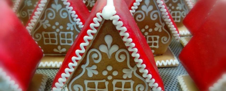 Mézeskalács házikók karácsonyi köntösben